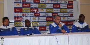 Rueda y sus jugadores dieron ayer una conferencia de prensa en el hotel de concentración.