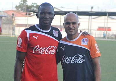 Los dos futbolistas colombianos ya están a la disposición del cuerpo técnico.