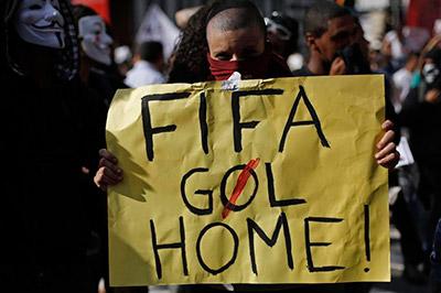 No quieren a la FIFA en Brasil.