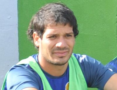 """El argentino Eduardo """"Chori"""" Sosa está lesionado y no jugará contra Deportes Savio."""