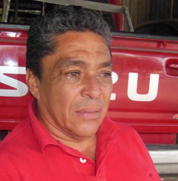 A pesar de los años sigue pendiente del fútbol hondureño, aunque cree que jugó en la mejor época.