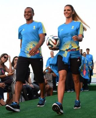 FASHION-FBL-WC2014-BRAZIL-UNIFORM-VOLUNTEERS