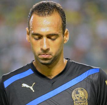 Fabio de Souza terminará de cumplir la sanción de dos juegos el domingo.