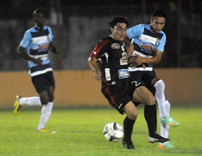 Honduras Progreso empató de visita en el juego de ida de semifinales.