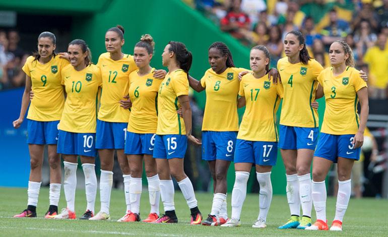 89477e2c9225b Cinco jugadoras dejan la selección brasileña en protesta por cese de técnica
