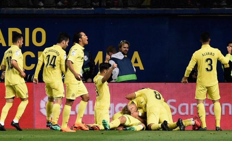 81a65d6cd6bd1 Villarreal se mete en la Liga Europa ante un Valencia de  Champions ...