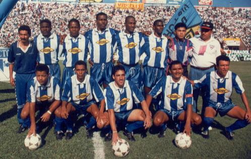 El Victoria campeón con el uruguayo Julio González en la temporada 1994-1995