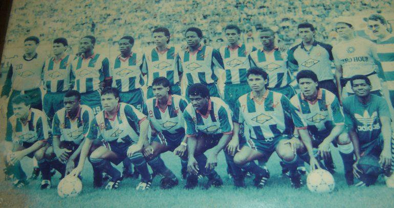 Victoria subcampeón de Copa en 1992 con el técnico argentino Didier Castro Ramírez